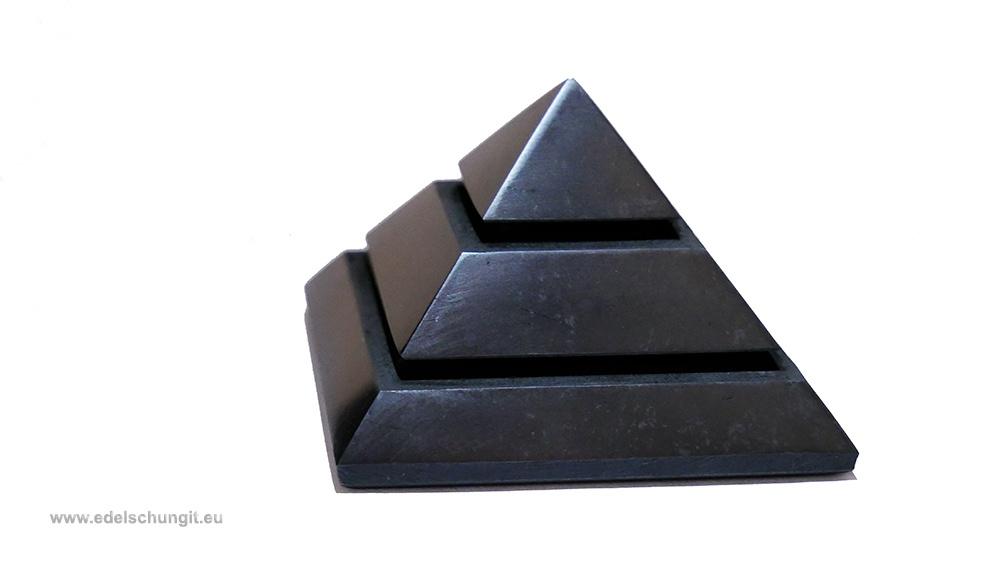 sakkara schungit pyramide
