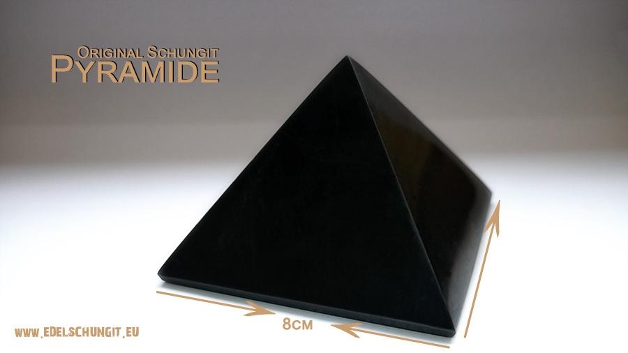 Schungit Pyramide 8cm