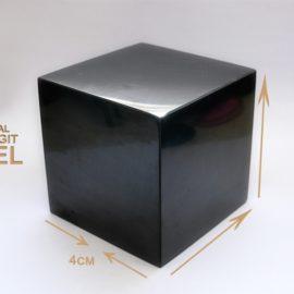 Schungit Würfel 4x4cm (poliert)