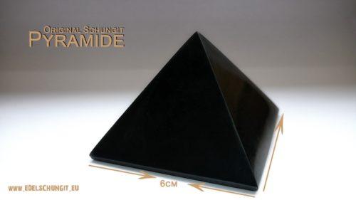 Schungit Pyramide 6cm